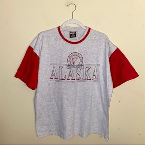 VNTG Alaska fishing club T-shirt size XL